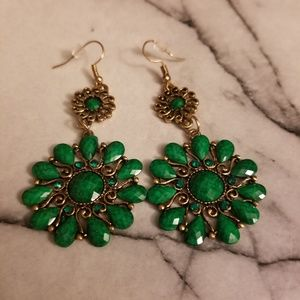 Jewelry - Green Retro Water-Drop Bronze Petal Earrings
